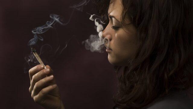 Dependenta de fumat si realitatea virtuala