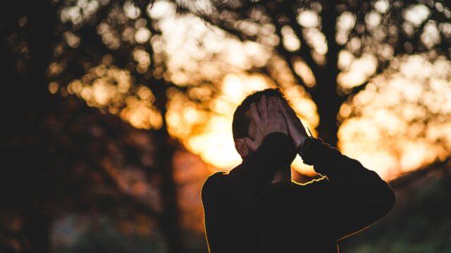 11 factori declansatori ai anxietatii