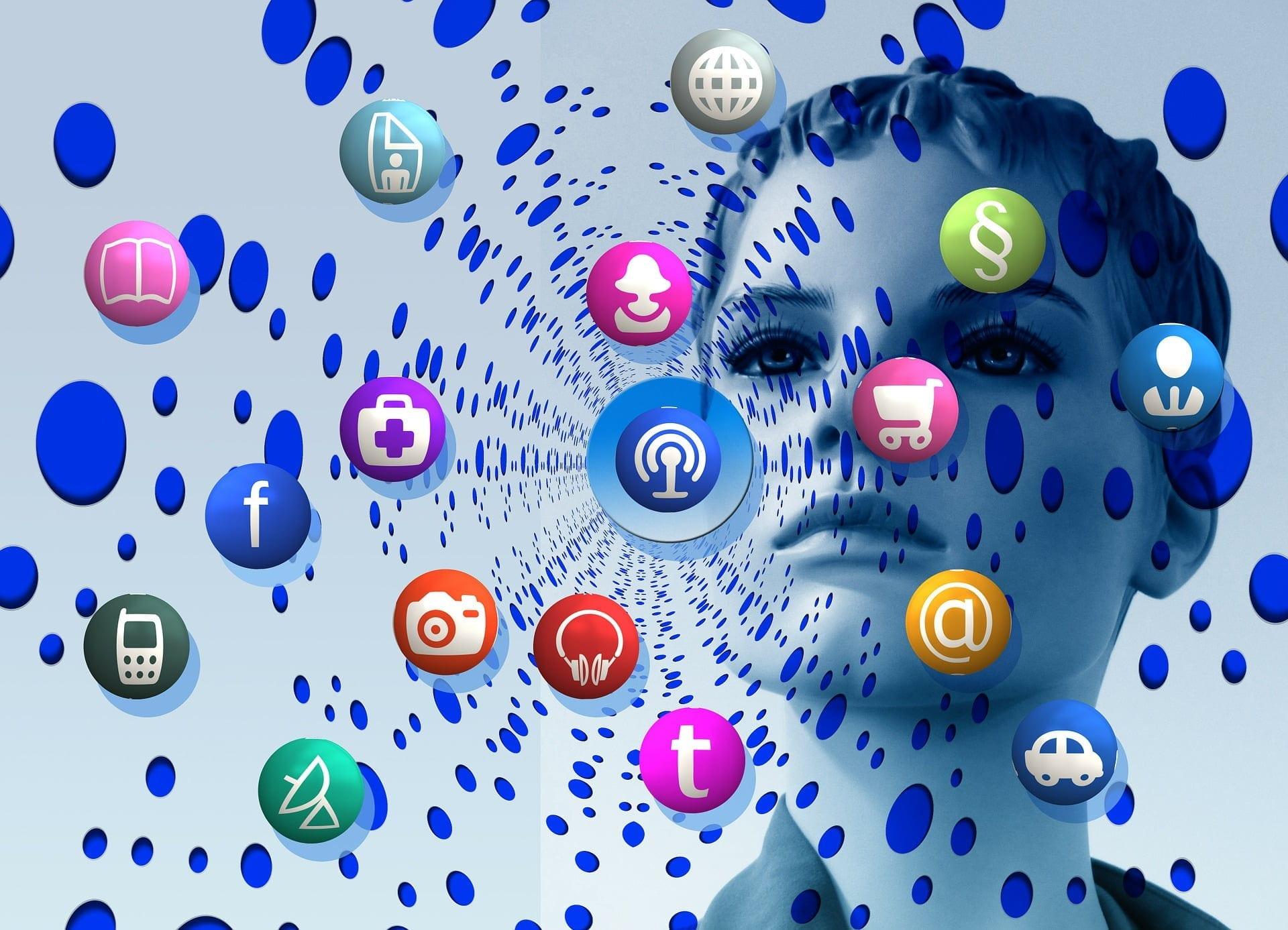social media si obisnuinta