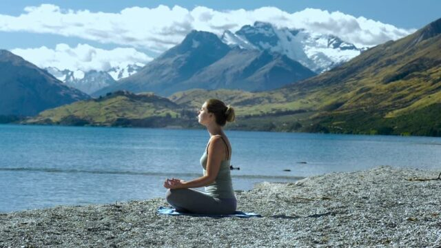 Meditatia reduce stresul
