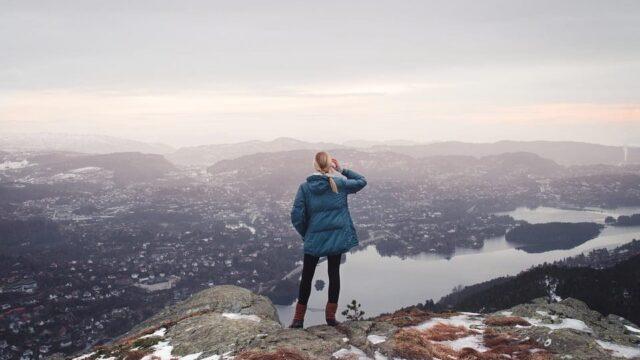 Oamenii inteligenti: De ce aleg sa fie singuri