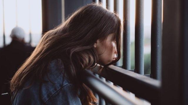 Ce este anxietatea existentiala si cum sa o gestionezi?