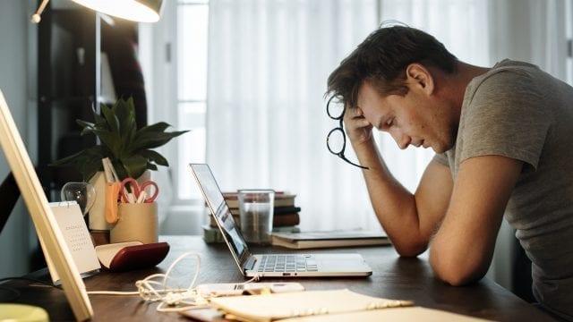 Cum sa nu luam decizii sub influenta stresului pe care le vom regreta?