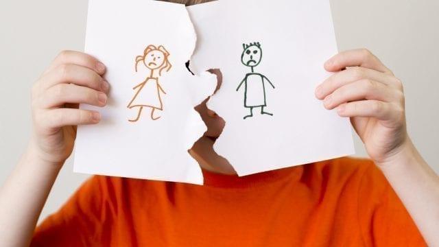 Copiii si divortul parintilor: Cum ii ajutam sa gestioneze mai bine perioada?