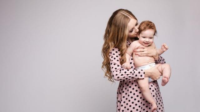 Cum sa fii o mama fericita si de succes, chiar daca stai acasa?