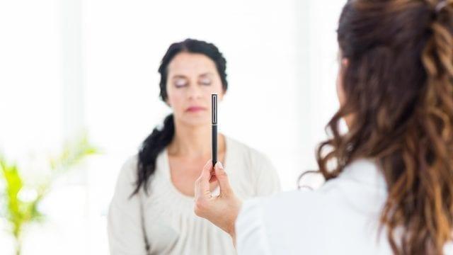 Ce este hipnoterapia si cum ne poate ajuta?