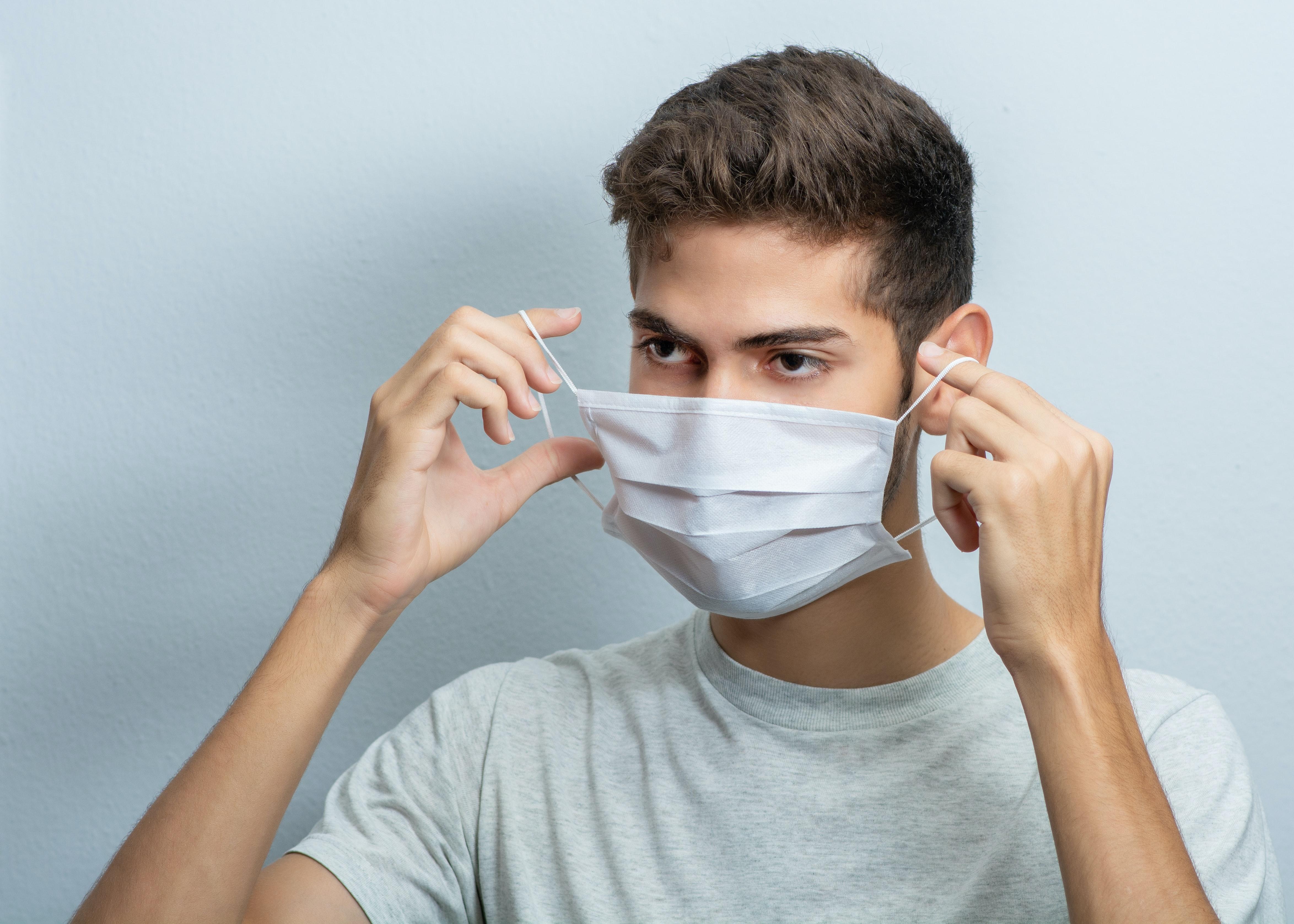 Experienta psihologica a eliberarii de masca