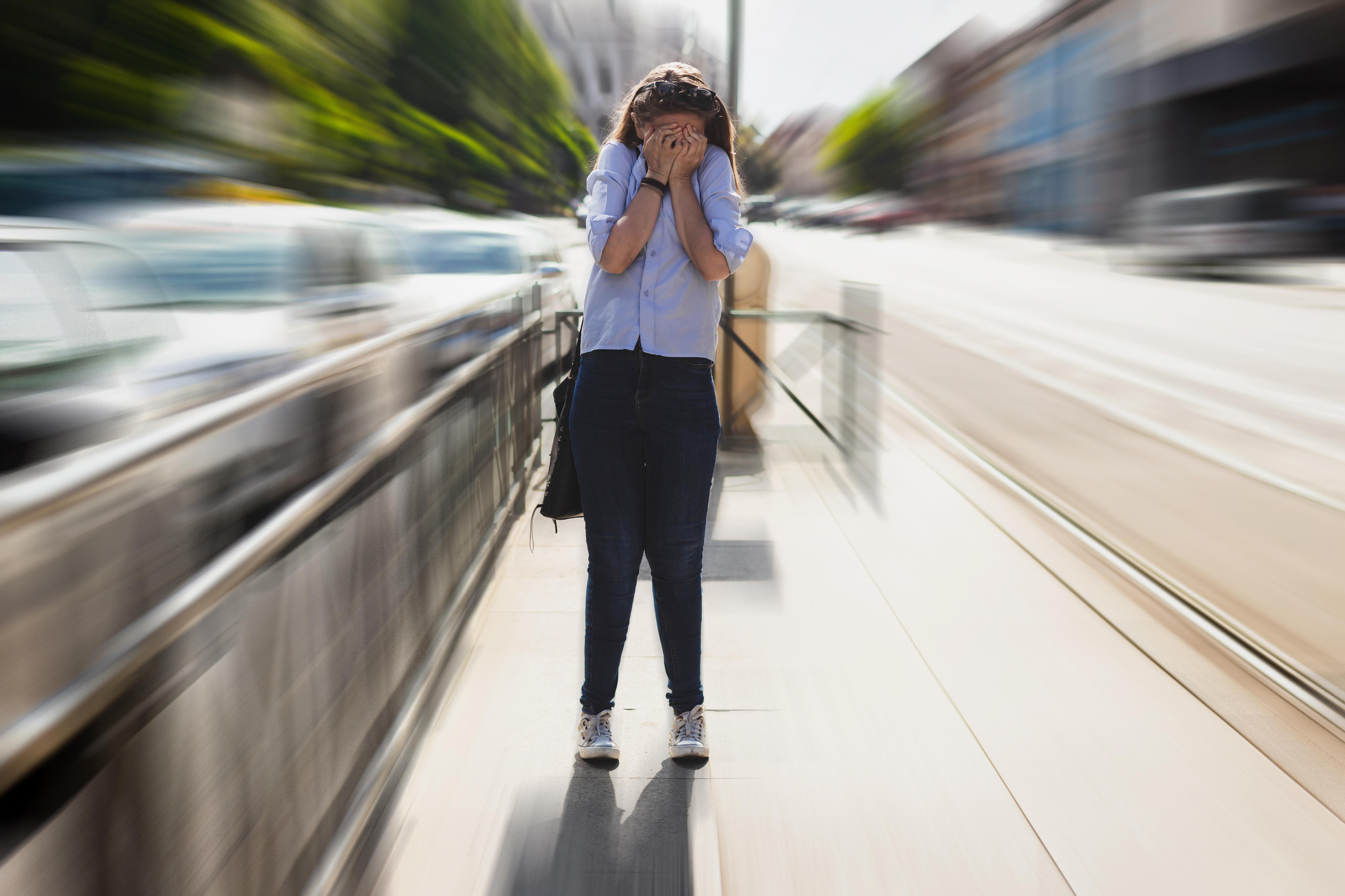 Cum sa incepi o conversatie cand te confrunti cu anxietate sociala?