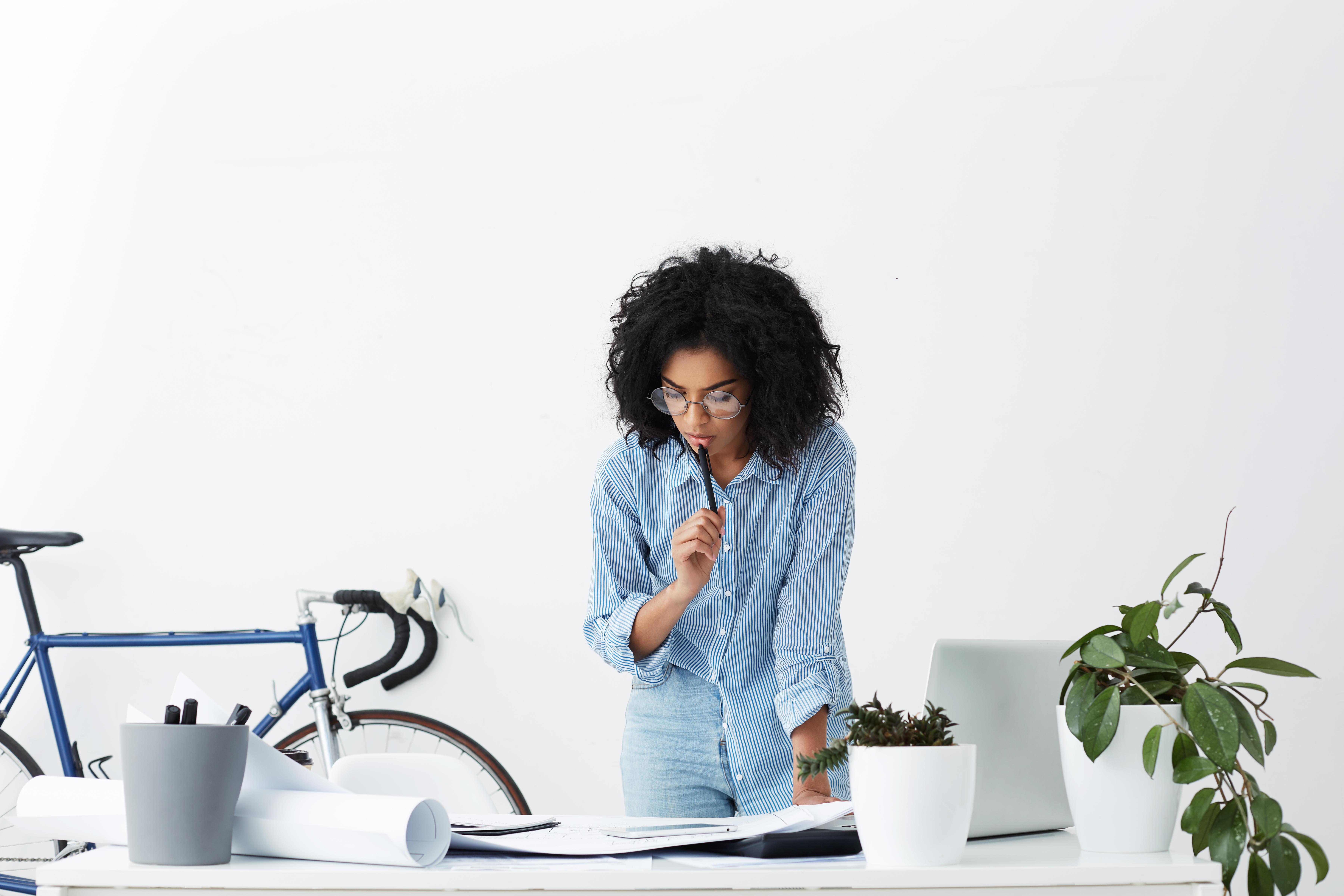 Iata cateva strategii pentru a ramane mai mult timp concentrat intr-o activitate!